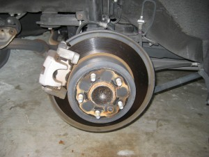 Замена тормозных дисков задних тойота